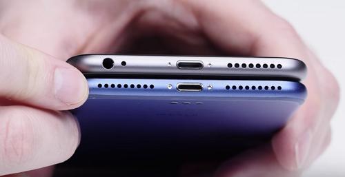 iPhone 7 No Headphone Jack and Mono Audio